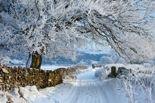 Snow in the Peak District