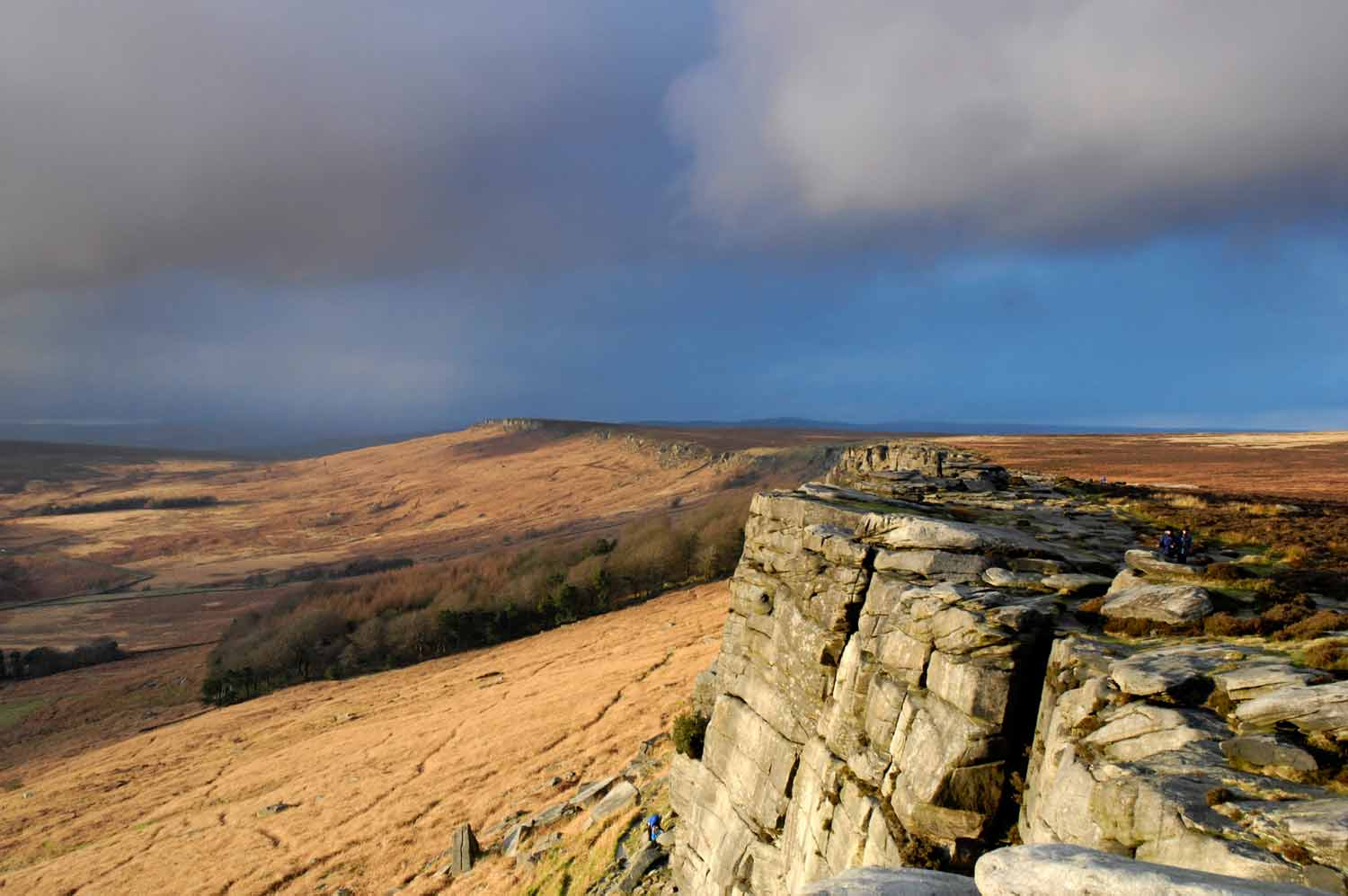 Background-Stanage-Edge.jpg