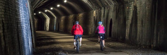 banner-monsal-trail-tunnel.jpg